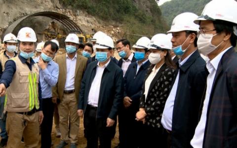 Bộ trưởng Bộ GTVT kiểm tra tiến độ 2 dự án giao thông quan trọng tại Ninh Bình