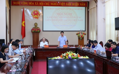 Đoàn công tác của Liên minh HTX Việt Nam làm việc tại Ninh Bình