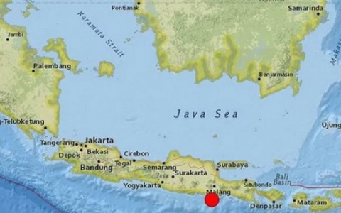 Động đất mạnh ngoài khơi Indonesia, 6 người thiệt mạng