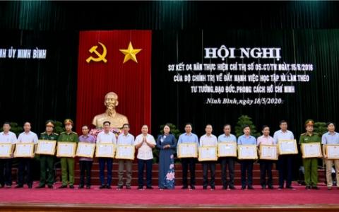 Ninh Bình sơ kết 4 năm thực hiện Chỉ thị 05 của Bộ Chính trị
