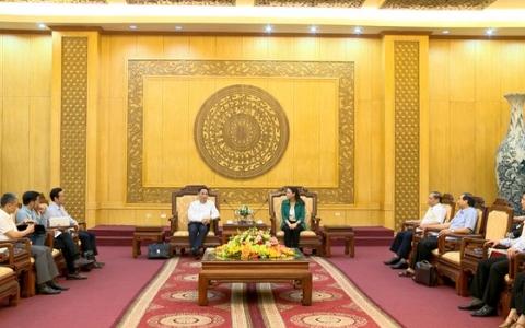 Đồng chí Bí thư Tỉnh ủy tiếp xã giao Đoàn công tác Bộ Ngoại giao