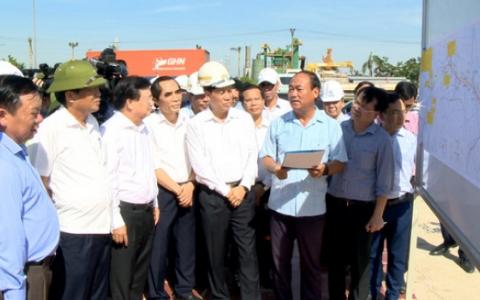 Phó Thủ tướng Chính phủ kiểm tra tình hình thực hiện các dự án đường cao tốc Bắc-Nam phía Đông