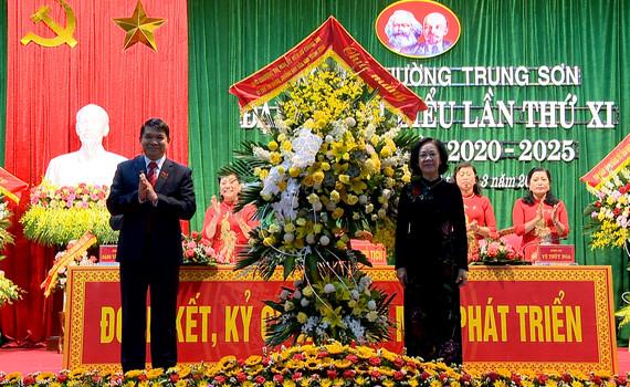 Đồng chí Trương Thị Mai dự Đại hội đại biểu Đảng bộ phường Trung Sơn