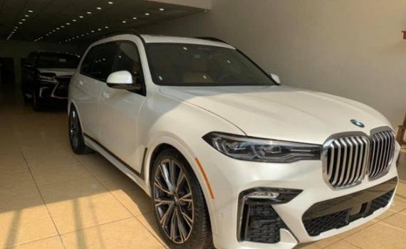 Chạy đua doanh số và đẩy hàng tồn, nhiều mẫu xe giảm giá đến gần tỷ đồng