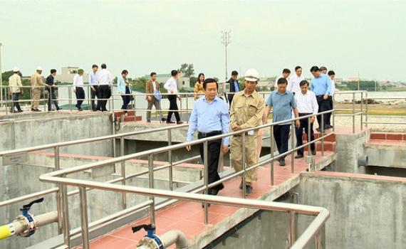 Đồng chí Phạm Quang Ngọc kiểm tra sản xuất và giải ngân vốn đầu tư công tại Yên Mô, Yên Khánh