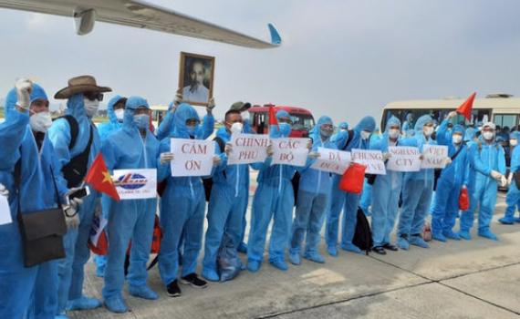 """Hoãn bay quốc tế về Việt Nam vì chưa """"chốt"""" quy trình cách ly phòng Covid-19"""