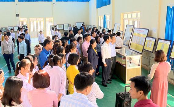 Khai mạc triển lãm Hoàng Sa, Trường Sa của Việt Nam tại Nho Quan