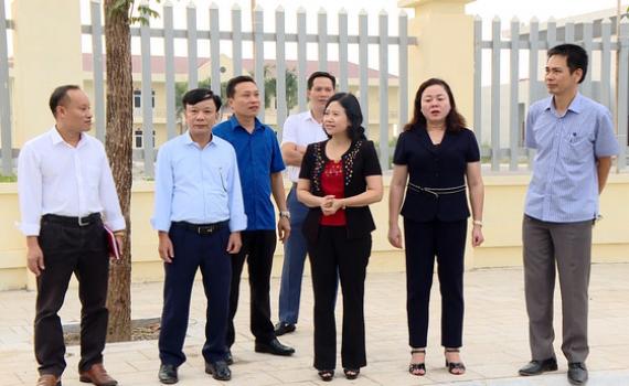 Kiểm tra công tác tuyên truyền Đại hội Đảng bộ tỉnh lần thứ XXII tại Gia Viễn