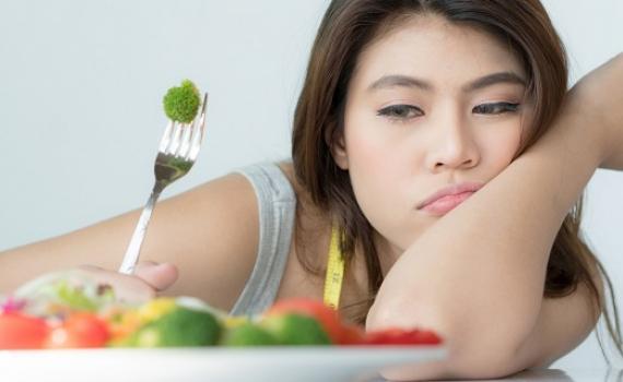 Tác hại của việc để cơ thể nhịn đói quá lâu