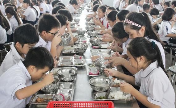 Cải thiện dinh dưỡng trẻ em qua bữa ăn học đường