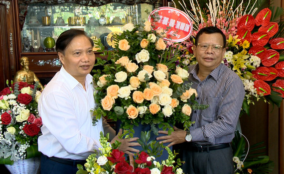 Đồng chí Trần Hồng Quảng thăm, chúc mừng nhân ngày Nhà giáo Việt Nam