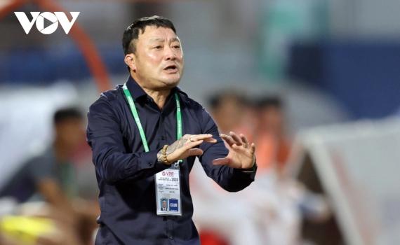 HLV Trương Việt Hoàng nói gì khi giúp Viettel vô địch V-League 2020?