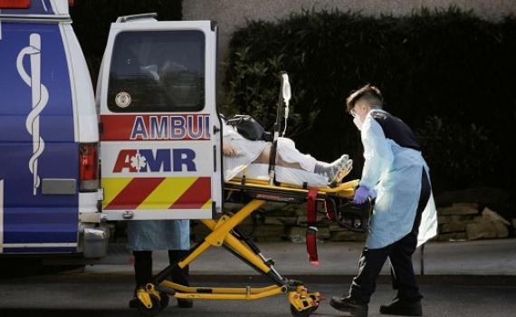 Mỹ ghi nhận mức kỷ lục hơn 2.100 ca tử vong do Covid-19 trong một ngày