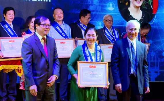 Ninh Bình: 3 tập thể, 1 cá nhân được Hiệp hội Du lịch Việt Nam vinh danh