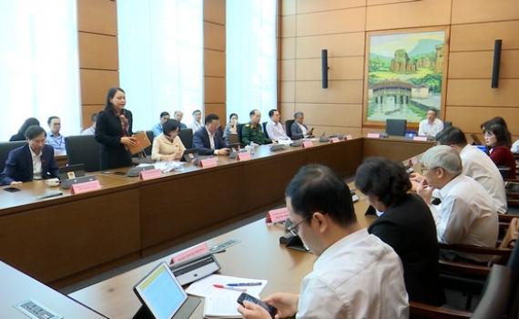 Thảo luận tổ về các Dự thảo Văn kiện trình Đại hội toàn quốc lần thứ XIII