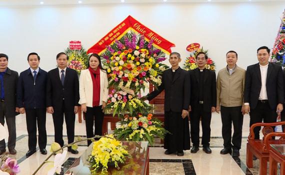 Các đồng chí lãnh đạo tỉnh thăm, chúc mừng Giáng sinh năm 2020