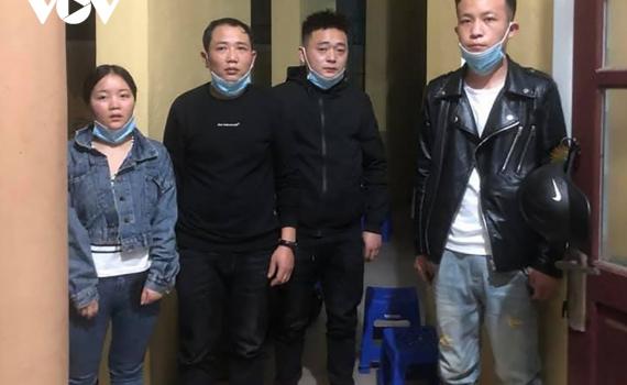 Đà Nẵng phát hiện xe chở người Trung Quốc nhập cảnh trái phép