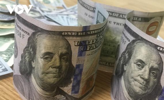 Giá USD lao dốc trong phiên giao dịch đầu tiên của tháng 12