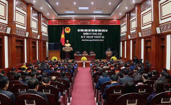 Kỳ họp thứ 21, HĐND tỉnh khóa XIV: Các đại biểu tiếp tục nghe báo cáo, tờ trình