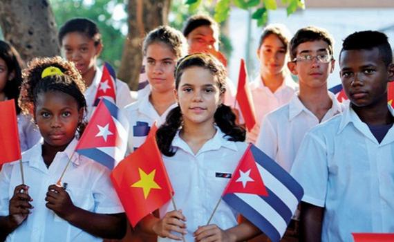 Việt Nam – Cuba: Đoàn kết nhất định thắng!