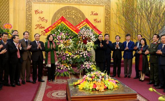 Các đoàn đại biểu chúc mừng Tỉnh ủy nhân Kỷ niệm 90 năm ngày thành lập Đảng Cộng sản Việt Nam