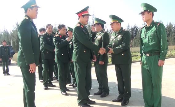 Tư lệnh Quân khu 3 kiểm tra công tác sẵn sàng chiến đấu tại Bộ Chỉ huy Bộ đội Biên phòng tỉnh