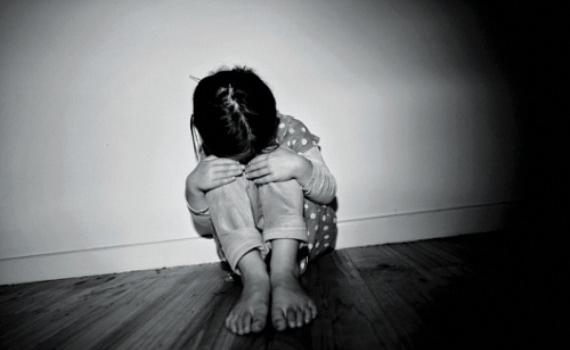 Bị bạo hành tại trường học, bé gái 13 tuổi uống thuốc sâu tự tử