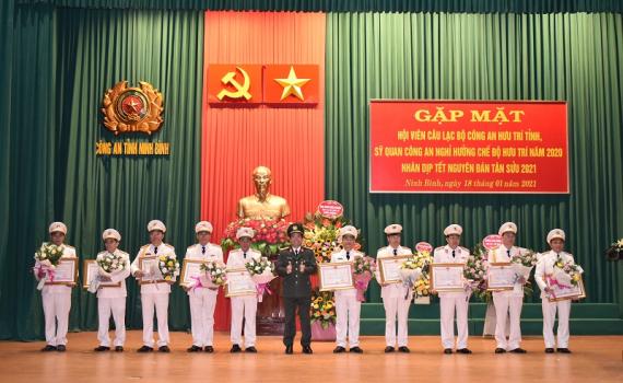 Gặp mặt Công an hưu trí tỉnh Ninh Bình