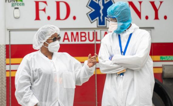 Kỷ lục hơn 4.200 người tử vong do Covid-19 trong một ngày ở Mỹ