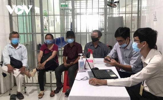38 người đầu tiên tại Long An được tiêm thử nghiệm vaccine Nanocovax giai đoạn 2