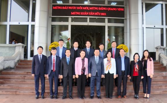 Đồng chí Bộ trưởng Bộ Tài chính Đinh Tiến Dũng thăm, làm việc tại Ninh Bình