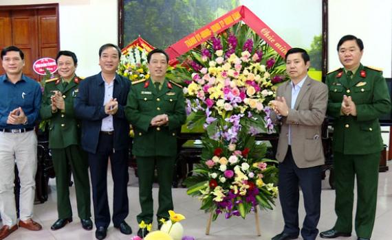 Đồng chí Lê Hữu Quý thăm, chúc mừng nhân ngày Thầy thuốc Việt Nam