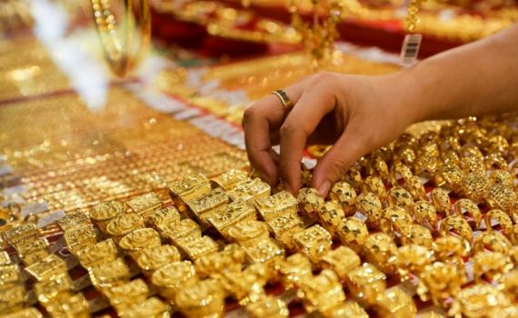 Giá vàng giảm sau khi tăng bứt phá