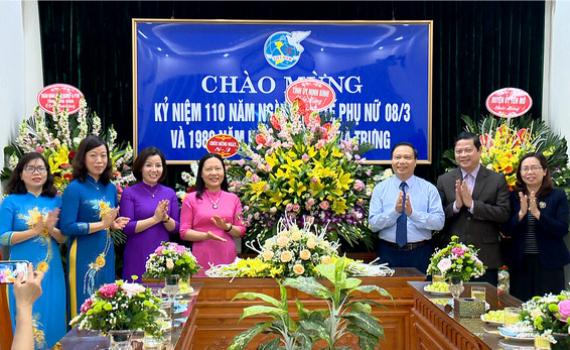 Đồng chí Trần Hồng Quảng chúc mừng Hội LHPN tỉnh nhân ngày Quốc tế Phụ nữ