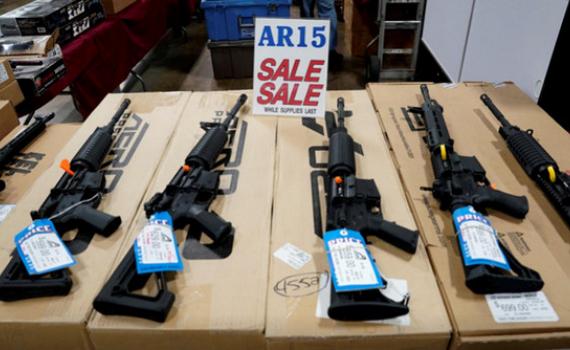 Hạ viện Mỹ thông qua 2 dự luật về kiểm soát súng đạn