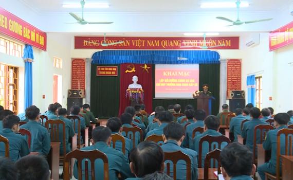 Khai mạc lớp bồi dưỡng chuyên môn nghiệp vụ cho Chỉ huy trưởng Ban CHQS cấp xã