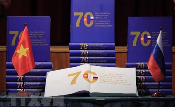 Ra mắt cuốn sách về 70 năm quan hệ Việt Nam-Nga