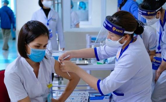 Thêm 5 địa phương triển khai tiêm vắc xin phòng COVID-19