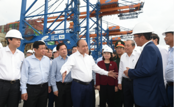 """Thủ tướng Nguyễn Xuân Phúc kiểm tra """"cửa ngõ giao thương phía Nam"""""""