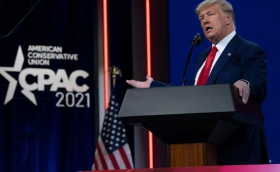 Trump chỉ trích Trung Quốc gay gắt trong lần tái xuất đầu tiên kể từ khi rời nhiệm sở