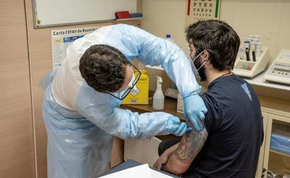 Vaccine ngừa COVID-19 tới Nam Cực