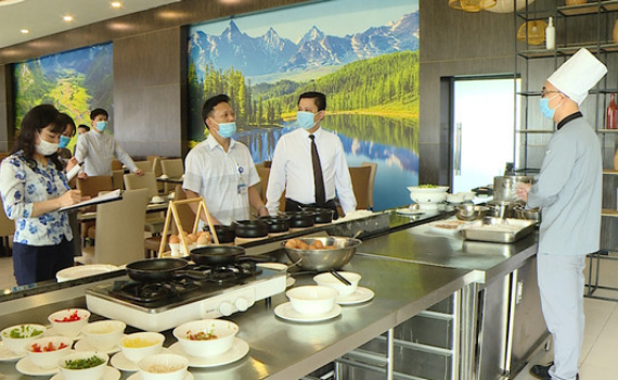 Bảo đảm an toàn thực phẩm cho Lễ khai mạc Năm Du lịch Quốc gia và Lễ hội Hoa Lư 2021