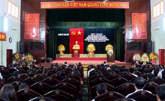Đảng bộ các huyện, thành phố sơ kết 5 năm thực hiện Chỉ thị 05 của Bộ Chính trị