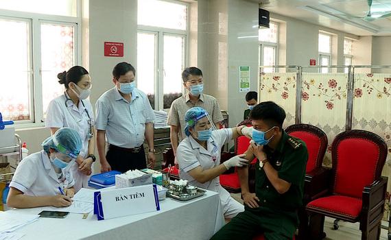 Ninh Bình triển khai tiêm vaccine phòng dịch Covid-19 đợt đầu tiên