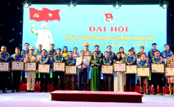 Đẩy mạnh phong trào thi đua yêu nước trong tuổi trẻ Ninh Bình