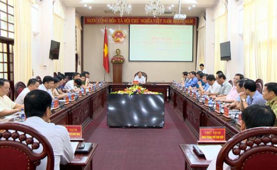 UBND tỉnh họp phiên thường kỳ tháng 6