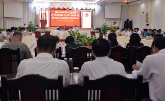 Chủ tịch Quốc hội làm việc với lãnh đạo tỉnh Long An