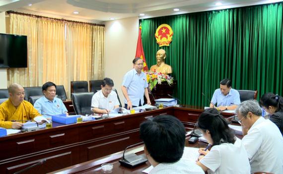 Kỳ họp thứ 19, HĐND tỉnh khóa XIV: Các đại biểu thảo luận tại tổ
