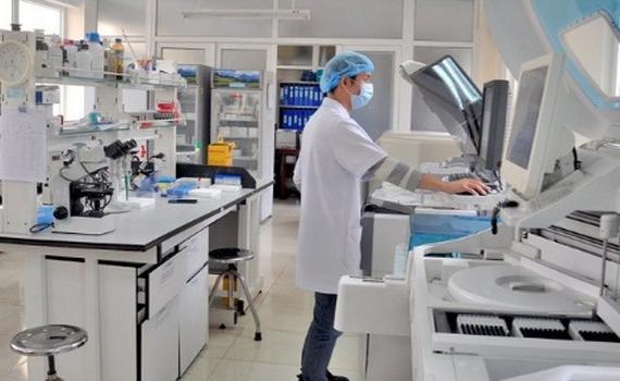 Việt Nam hiện có bao nhiêu phòng xét nghiệm Covid-19?
