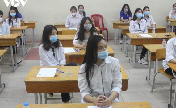 Chính phủ yêu cầu đảm bảo ATGT và phòng dịch trong kỳ thi THPT